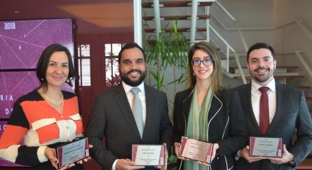 Equipe QCA recebe premiação da Leaders League
