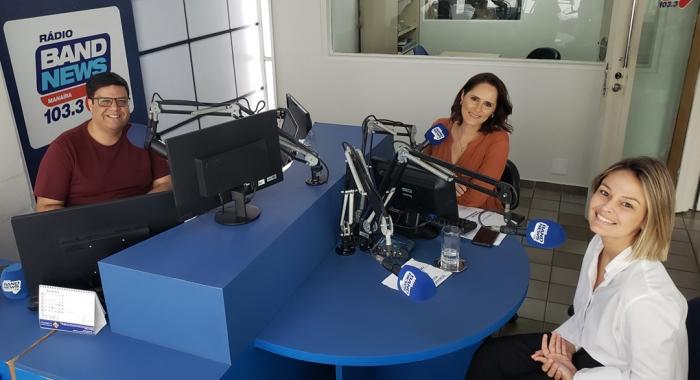 Ingrid Gadelha concede entrevista à Band News FM