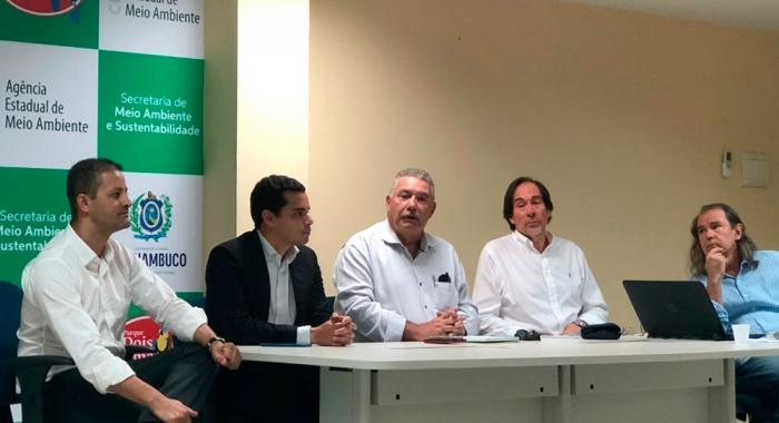 Álvaro Pereira participa de reunião técnica sobre licenciamento de usina em PE