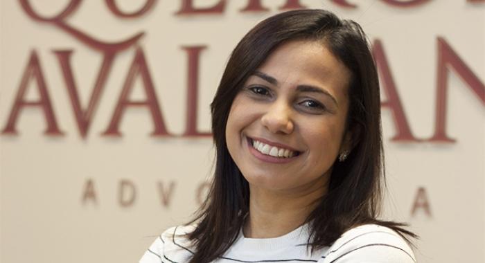 Anna Carolina Cabral fala sobre férias, em entrevista ao Bom Dia PE730x480
