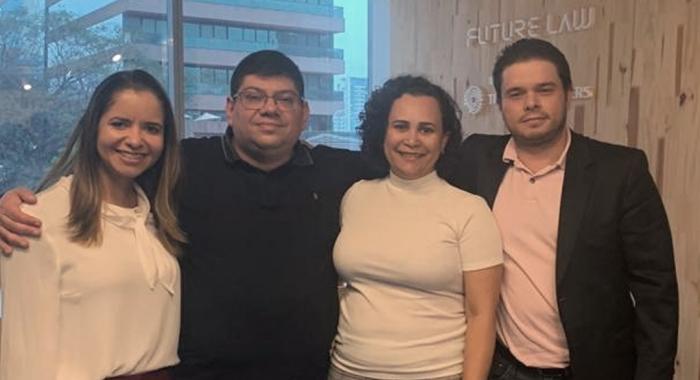 Christianne Gomes, Milena Gila e Umberto Lucas participam de curso promovido pela AB2L