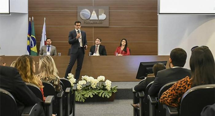 Emília Belo e Rafael Accioly participam do I Seminário de Direito Imobiliário730x480