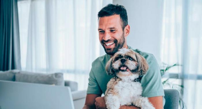Ingrid Farias fala sobre a proibição de pets em condomínio em entrevista ao Portal JC Online