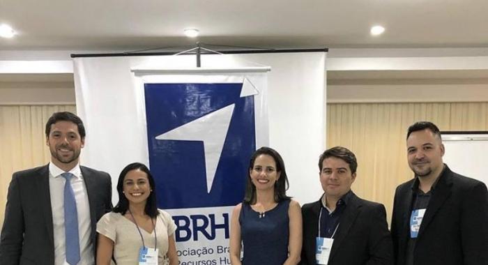 Anna Carolina Cabral palestrou no V Fórum de Relações Trabalhistas e Segurança do Trabalho730x480