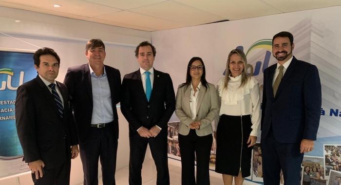 Ingrid Zanella participa de debate no Seminário de Direito Ambiental promovido pela AGU730x480